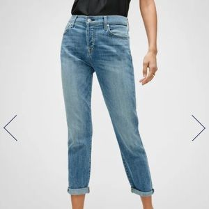 7 For All Mankind Josefina Boyfriend Skinny Jeans size 23